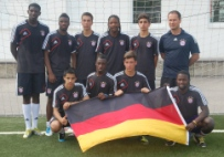 2012-05-24_buntkicktgut_fc-bayern-youth-cup_team